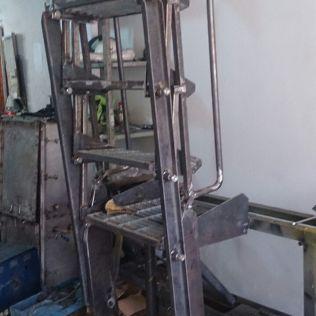 Escaleras basculantes para llenaderos